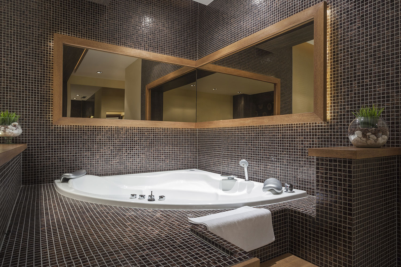 bathroom fitting wakefield